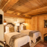 gallery-bed-and-breakfast-jackson-hole-rooms-rates-gunslinger-suite-img5-bed-and-breakfast-jackson-hole