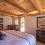 gallery-bed-and-breakfast-jackson-hole-rooms-rates-wrangler-room-img2-bed-and-breakfast-jackson-hole